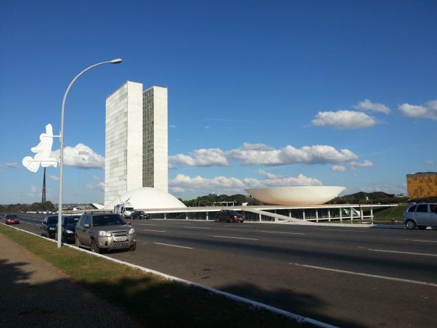 A atual crise política do Brasil (1)