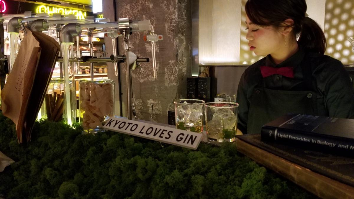Mulheres arrasam como bartender